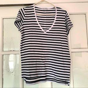 ✨FREE with purchase✨ Zara striped shirt